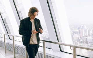 zákaz používání mobilních telefonů